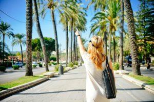 איך להתלבש לחופשה קייצית